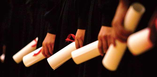 Um tema bastante recorrente ao se pensar em direito internacional é a validação do diploma universitário adquirido no Brasil em diferentes países, e é um processo necessário aqueles que desejam exercer sua profissão fora da nação que emitiu o documento.